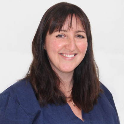 Elinor Field, specialist in small animal surgery at Highcroft Veterinary Referrals