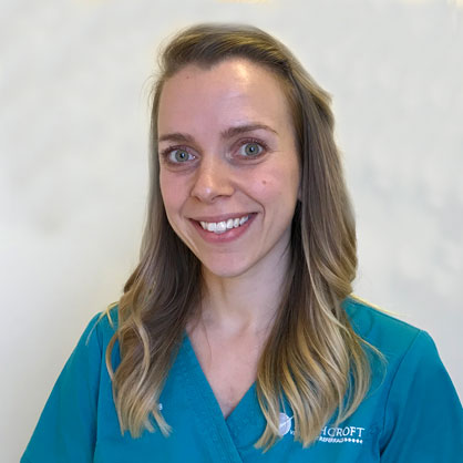 Hollie Dawes, RVN at Highcroft Referrals